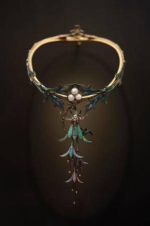"""Art nouveau necklace """"Fuchsias"""" by Georges Fouquet, 1905. Petit Palais, Paris."""