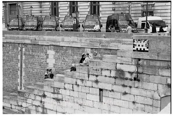 Love by the Seine.