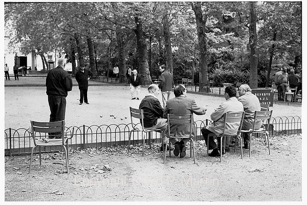 Watching petanque in the Luxembourg Gardens