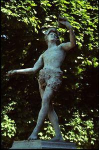 Statue #2, Jardin du Luxembourg