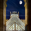 Pyramid of the Louvre by night ...