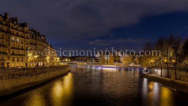 Blue Hour on the Seine from Saint-Louis bridge