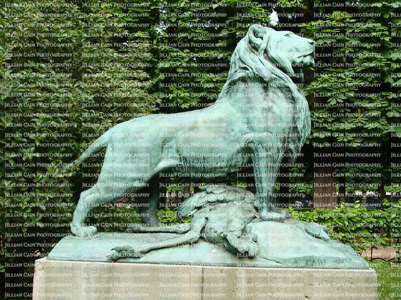 lion statue, and its kill, Luxembourg Garden of Paris