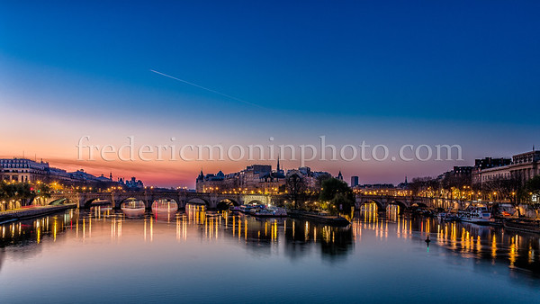 Blue Hour on the Pont Neuf at Paris ...