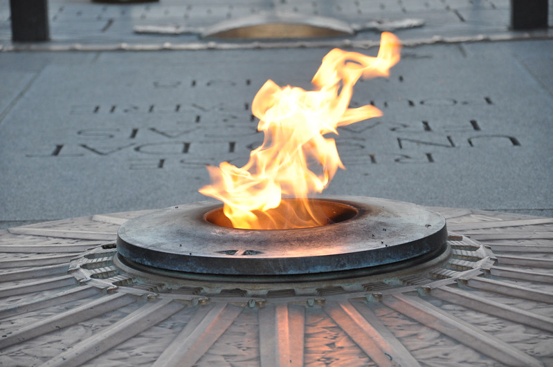 Eternal Flame at the Tomb of the Unknown Soldier below the Arc de Triomphe. 2016.