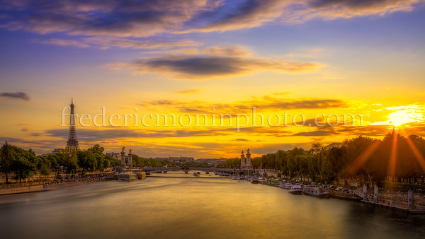 Sunset on the Eiffel tower at Paris for the Feasts of July 14, 2019