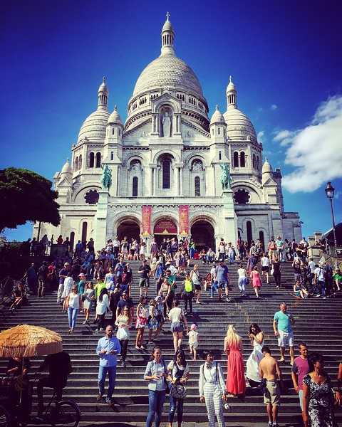 Steps of the Sacré-Cœur in Montmartre. 2016.