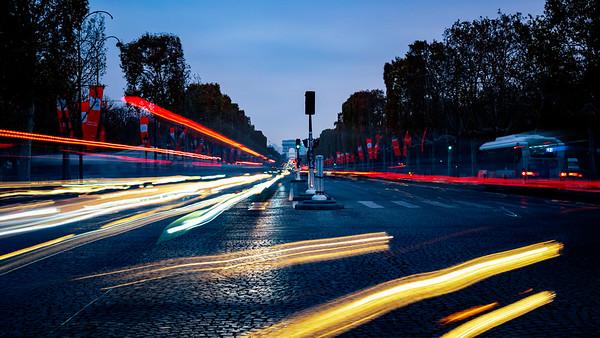 Avenue des Champs Élysées & Arc de Triomphe
