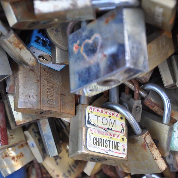 Love Locks on the Pont de l'Archevêché. 2017.