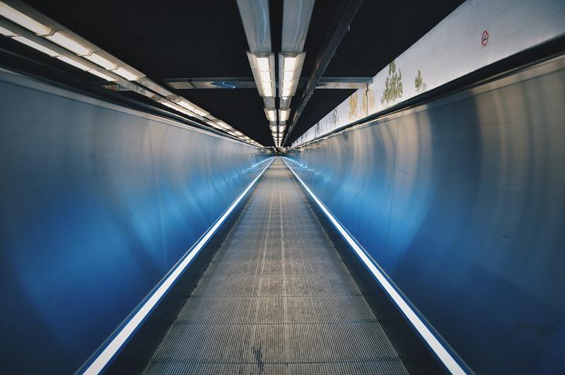 Paris Metro Moving Walkway. 2016.