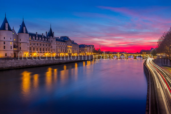 Blue Hour on Conciergerie II ...