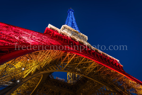Eiffel Tower in colors of the FRANCE ...