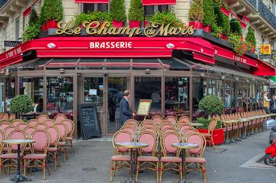 Le Champ de Mars Brasserie