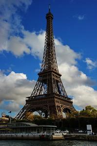 Paris_Eiffel_Tower_RAW7157