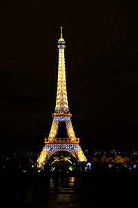 Paris_Eiffel_Tower_Night lights_RAW7325