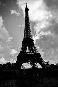 Paris_Eiffel_Tower_B&W_RAW7146