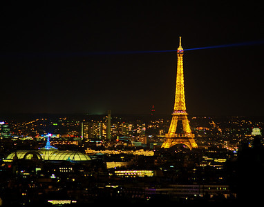 Paris_Eiffel_Tower_Beacon_RAW7467