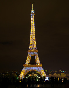 Paris_Eiffel_Tower_Night lights_RAW7326