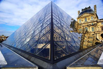 Louvre's Pyramid entrance