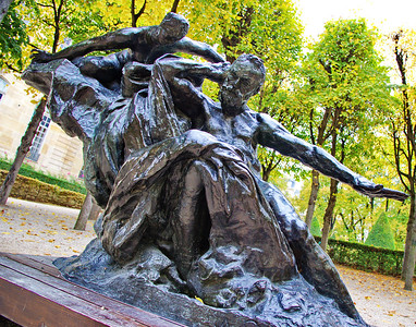 Paris_Rodin_Statue_RAW8054