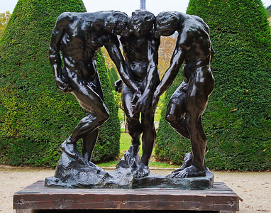 Paris_Rodin_3_Shadows_RAW8041