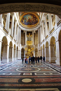 Paris_Versailles_Chapel_interior_RAW7355