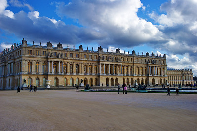 Paris_Versailles_Back-view_RAW7386