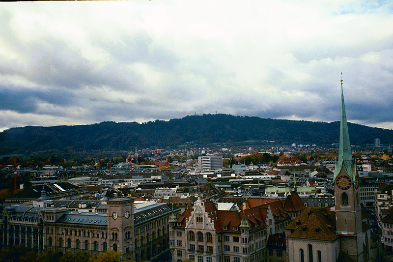 2003_Zurich_Grossmunster_View