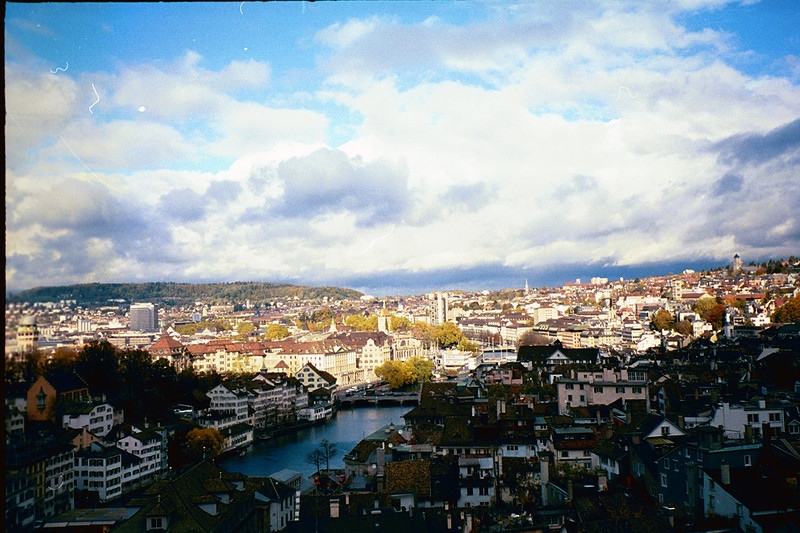 2003_Zurich_Grossmunster_View2