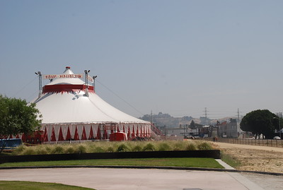 June 25, 2009 Cirque Bezerk at the Los Angeles State Historic Park.