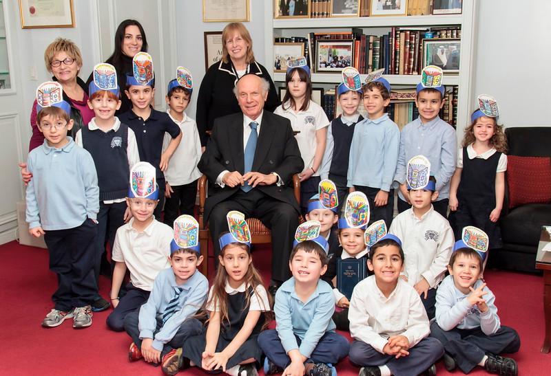 1st grade w Rabbi