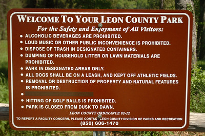 Standard Leon County Parks sign at end of Pedrick Road.