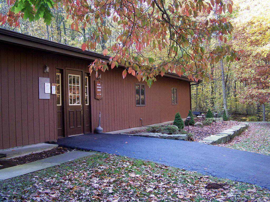 Blue Spruce Lodge Entrance