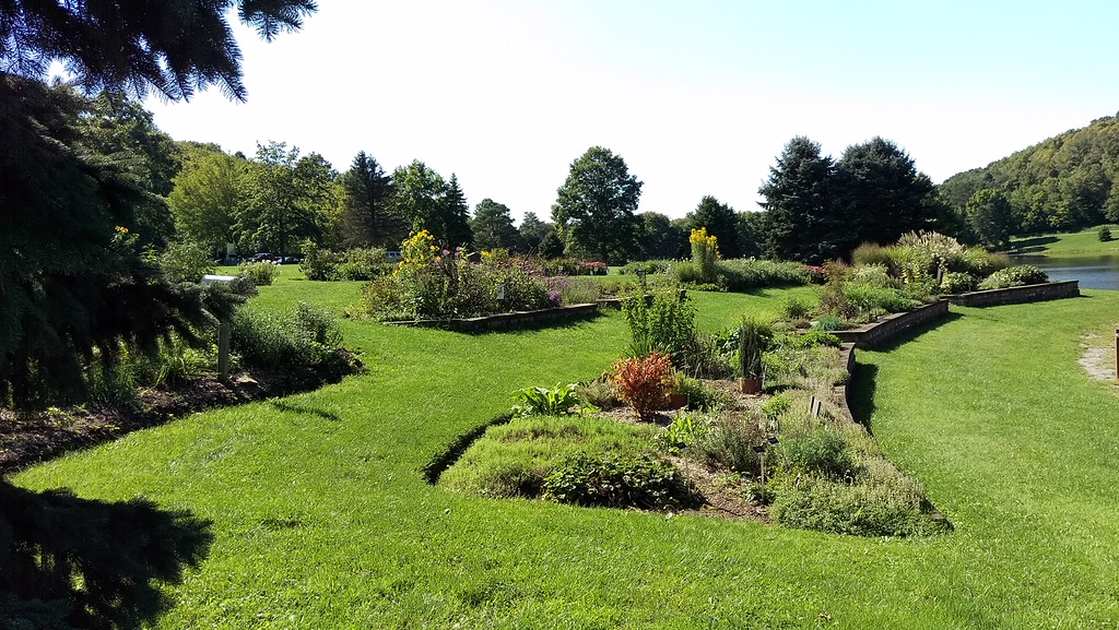 Master Garden at the Blue Spruce Park Lakeside Center