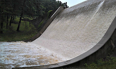 Full Flow at Cummings Dam