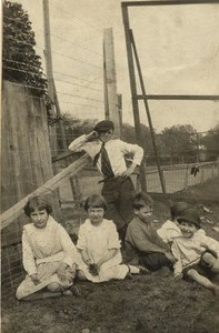 Children at the Guggenheimer-Milliken Playground I (01394)