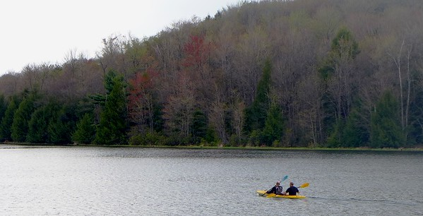 Hemlock Lake Kayakers - May 2015