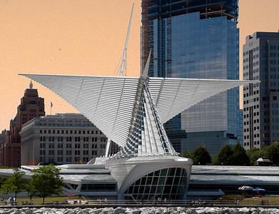 Milwaukee Art Museum from Milwaukee Harbor