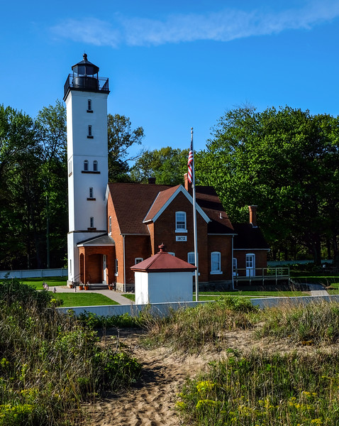 Presque Isle Lighthouse - Presque Isle State Park - Erie, PA - 2019