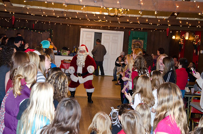 2011 Woodstown Dance Christmas Party005
