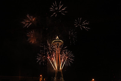 2012-12-31 NYE Fireworks at the Space Needle