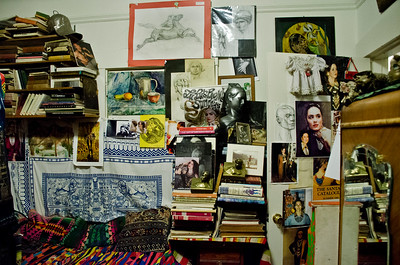 2018.01.27_Larissa Archer birthday party - room and artistic detritus