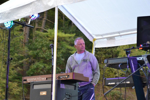 Auburn plays at reunion - 9/15/12