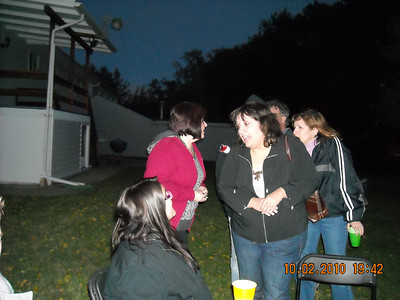 20101002 Barb & UB's Back Yard Party. 050