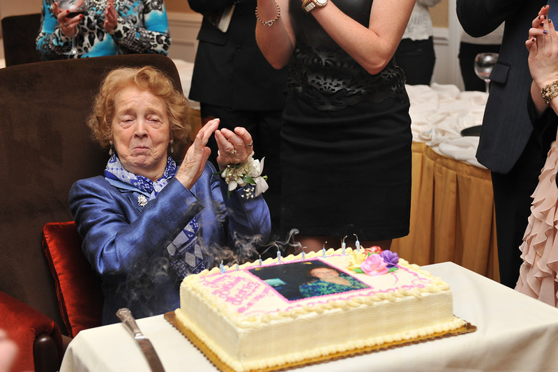 Beatrice Broderick's 90th birthday party, Saturday, February 23, 2013 - 215 - JS7_B428
