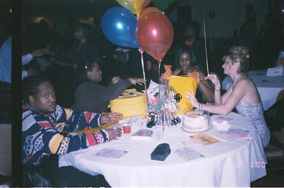 2000-12-1 Katrina's Party-Mr G's 14523_05