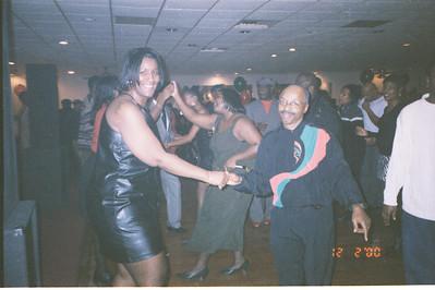 2000-12-1 Katrina's Party-Mr G's 14523_12