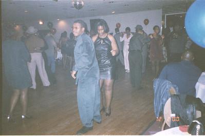 2000-12-1 Katrina's Party-Mr G's 14523_08