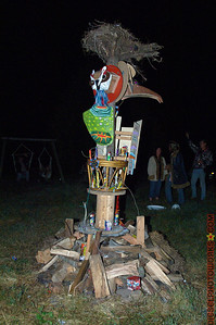 Back and side shot of the effigy.