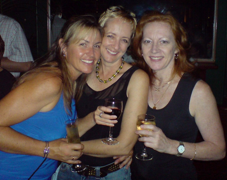 Three Clubmaneers: Natalie, Yvonne and Jill.